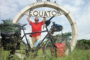 12h30 L'Afric'à Vélo 14000km - 14 pays - 1 an…