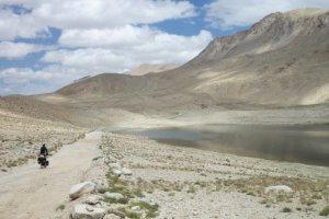 Le Pamir à vélo et en solitaire - 15h