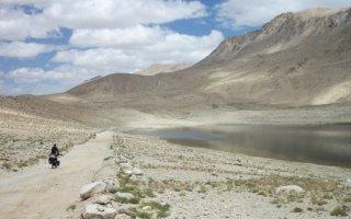 Le Pamir à vélo et en solitaire - 16h